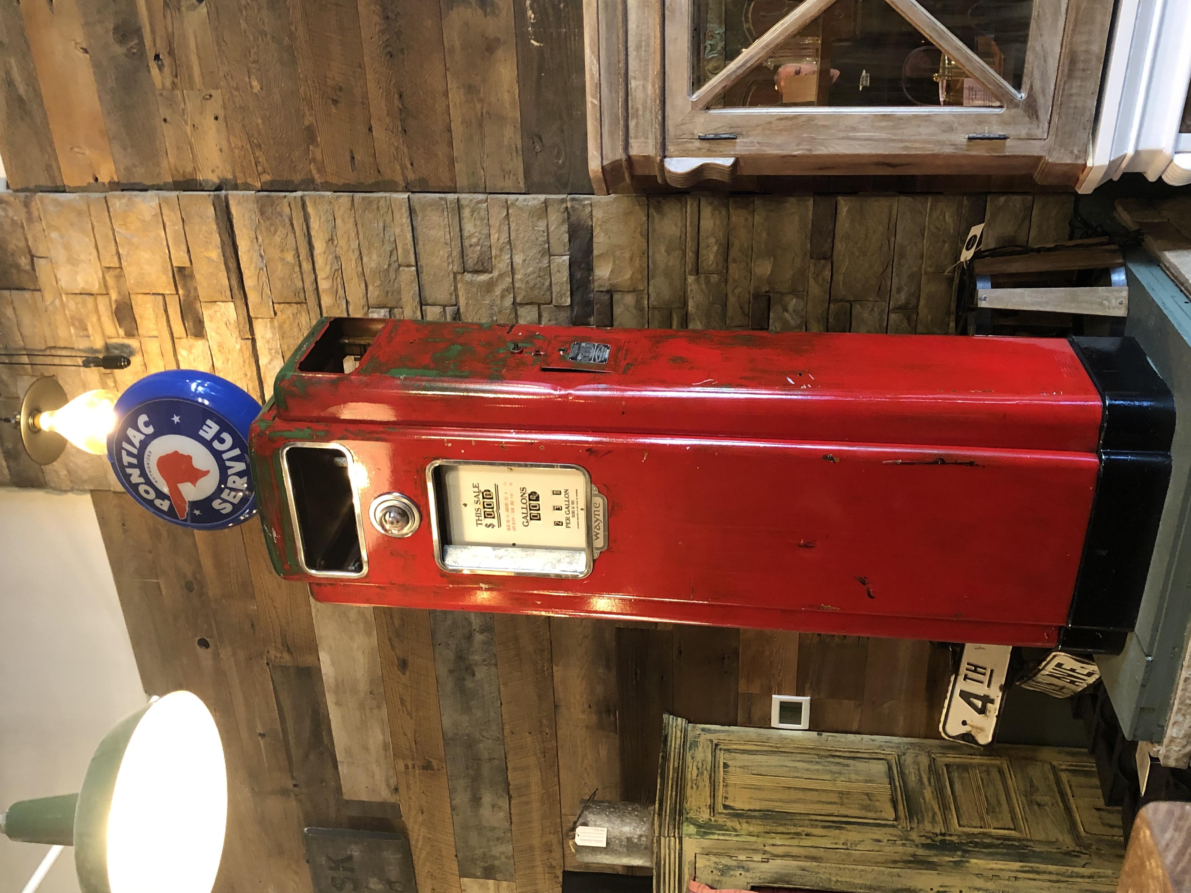 Vintage Gas Pump Restoration